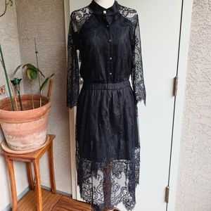 Dresses & Skirts - Vingage black eyelash lace dress